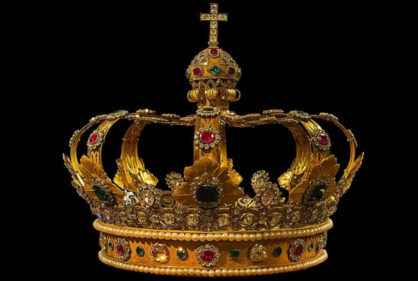 Dec. 11 Shepherd to King - image of a crown