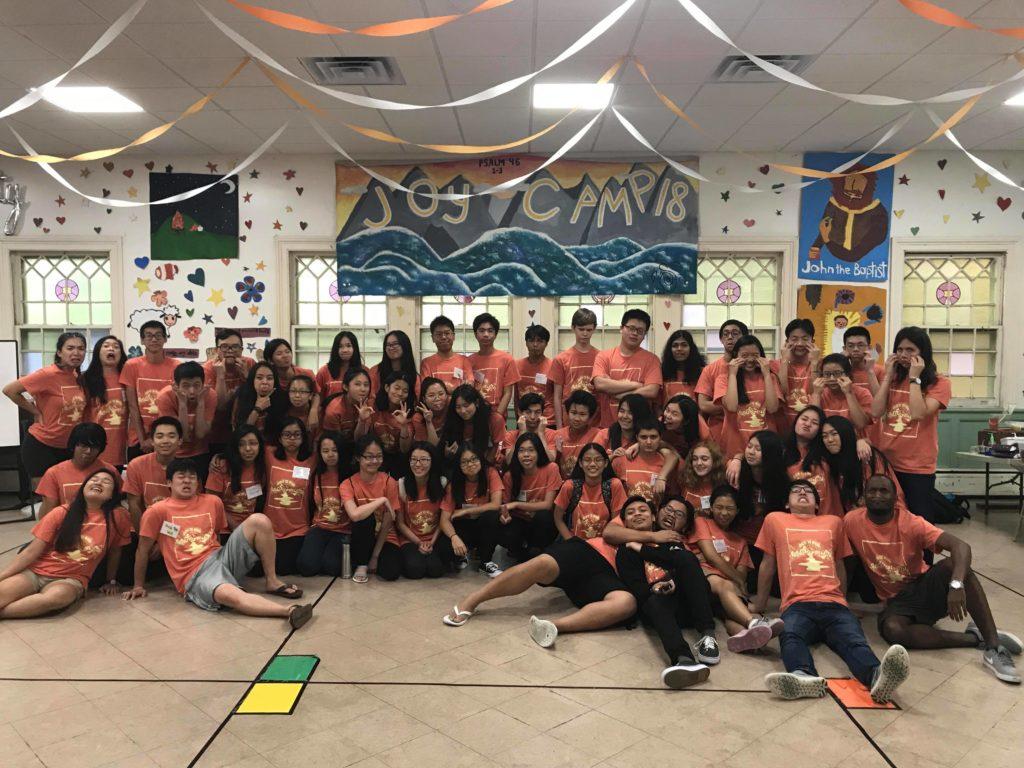 Group photo of volunteer leaders from JoyCamp 2018